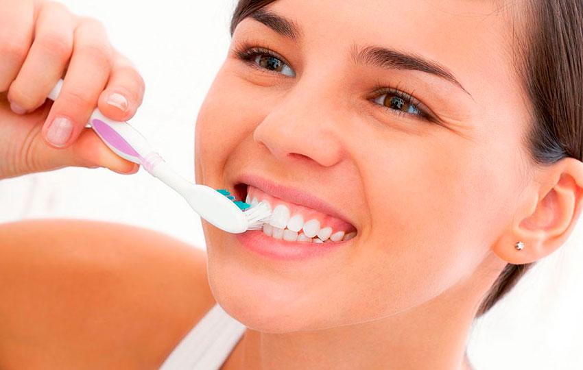 Correcto cepillado de los dientes